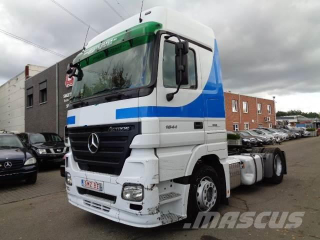 Mercedes-Benz Actros 1844 ls 3 pedals 6x on stock/lager