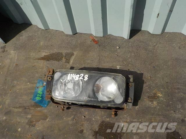 Scania 4 series Fog light right 1422992 1358832 1529071