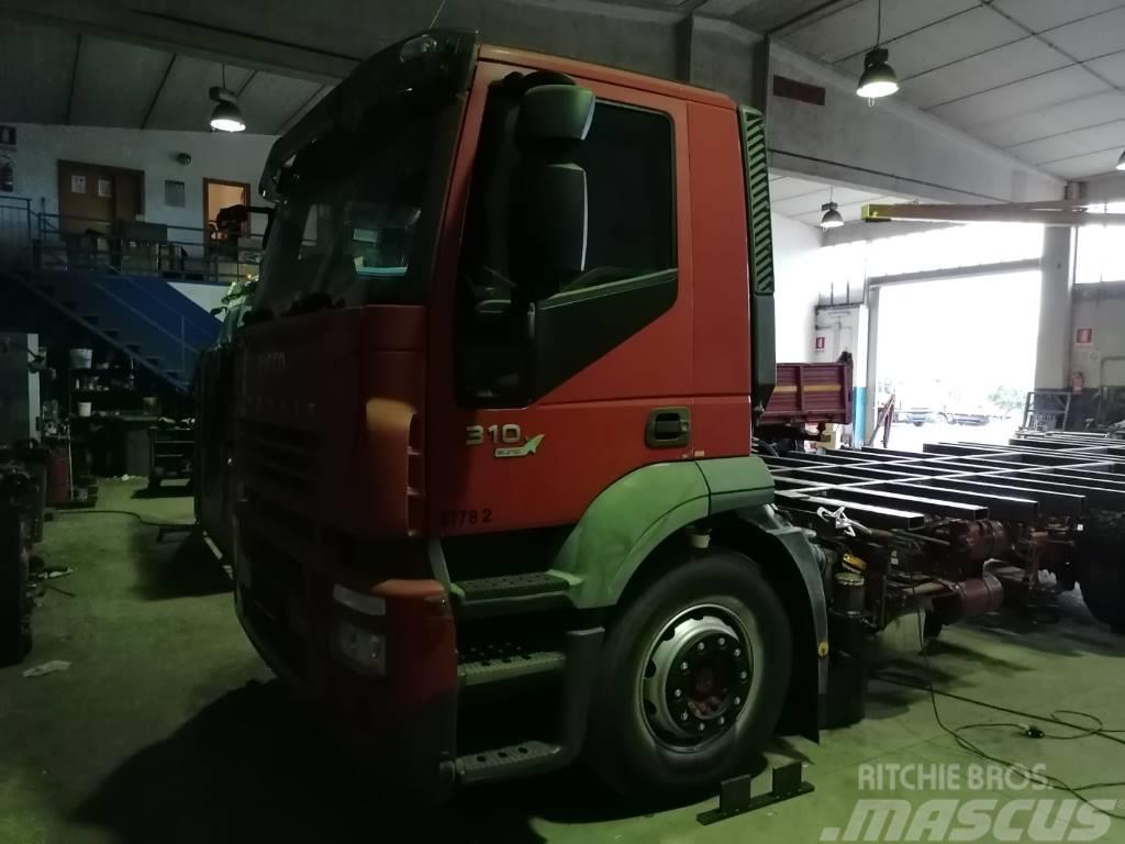 Iveco Stralis 260 S31(PM1032)