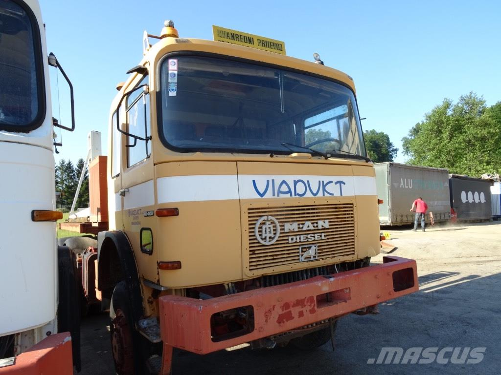 MAN 40.400 6x6 Tractor unit