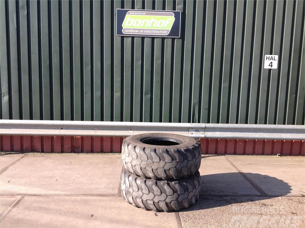 Dunlop 405/70 x R 30