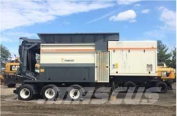 Metso M&J PreShred 4000-8 HDC trailer