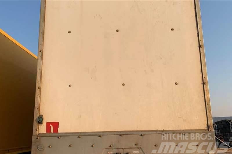 Afrit 2015 Afrit Closed Body Trailer
