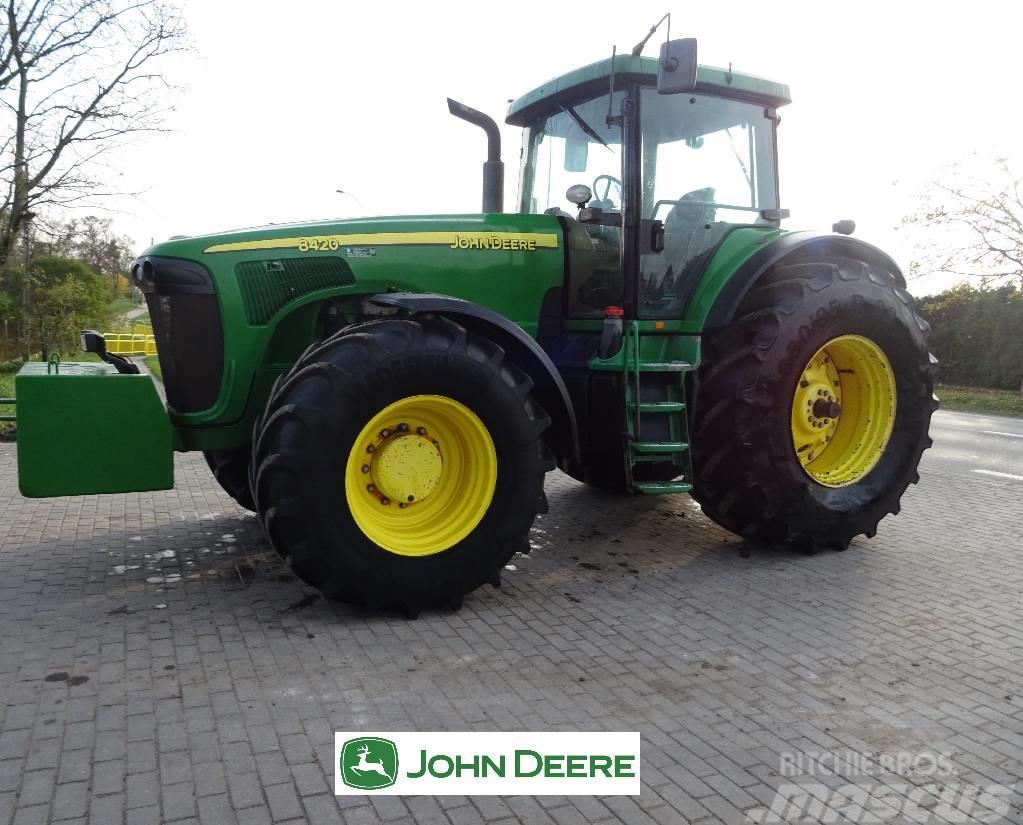 John Deere 8420
