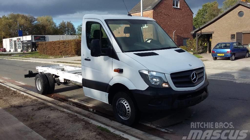 Used mercedes benz sprinter 524 pickup trucks year 2018 for Mercedes benz sprinter price