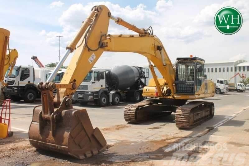Komatsu PC350-7 Excavator