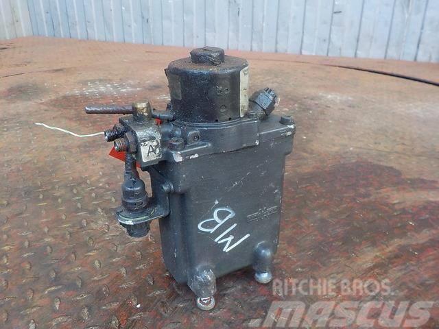 Mercedes-Benz Actros MPIII Cabin tilting pump 15535101