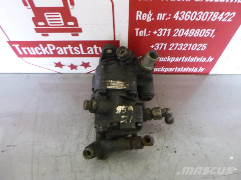 Iveco STRALIS  POWER STEERING PUMP 41211223
