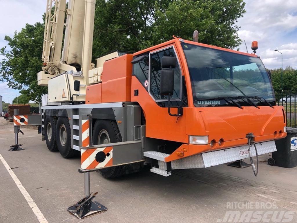 Liebherr LTM 1055-1