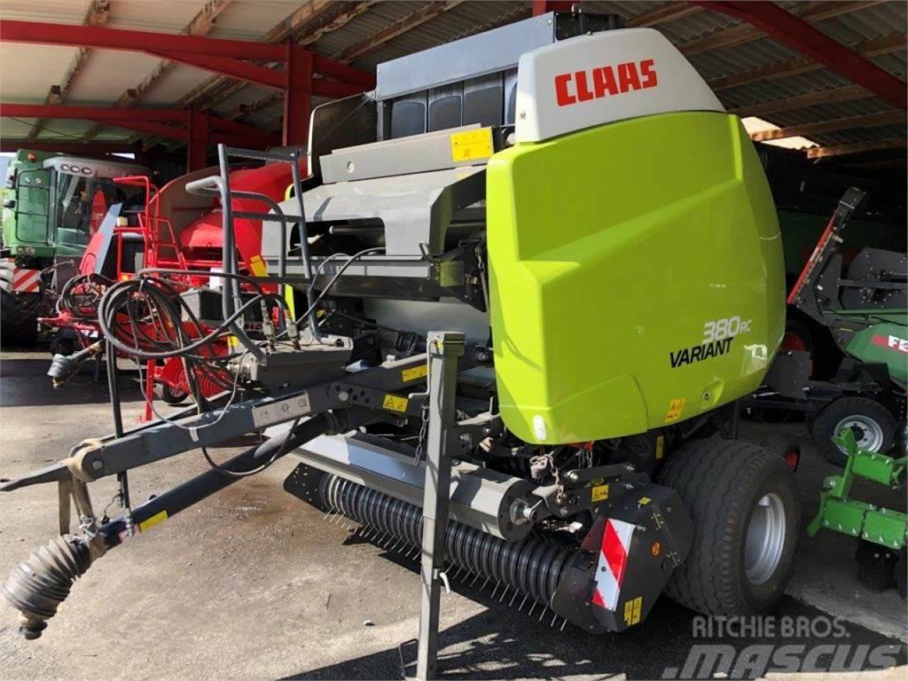 CLAAS Variant 380 RC     Model 2015