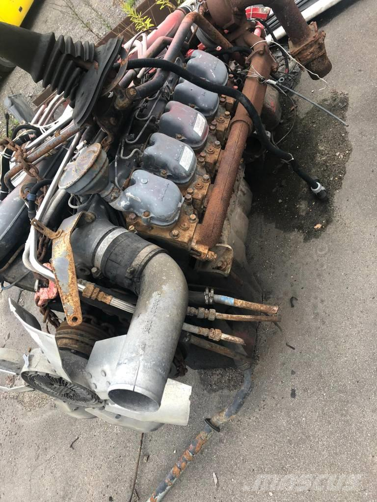 MAN ENGINE V10