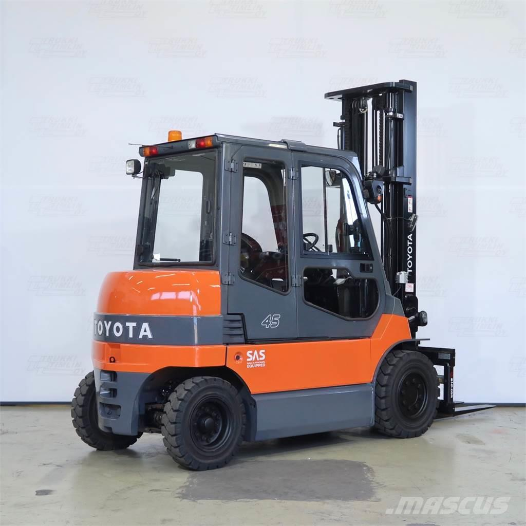 Toyota 7FBMF45