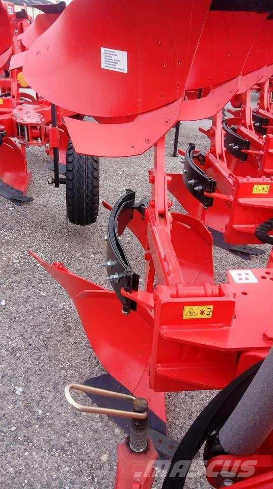 Akpil KM 180 R 3+1 Agricultural Plough