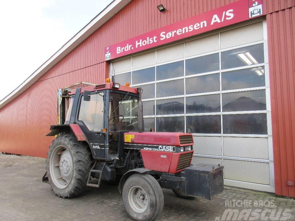 Case IH 844 XL m/byggelift