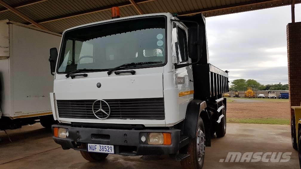Mercedes benz 1414 econoliner 6 cube tipper empangeni for Mercedes benz trucks