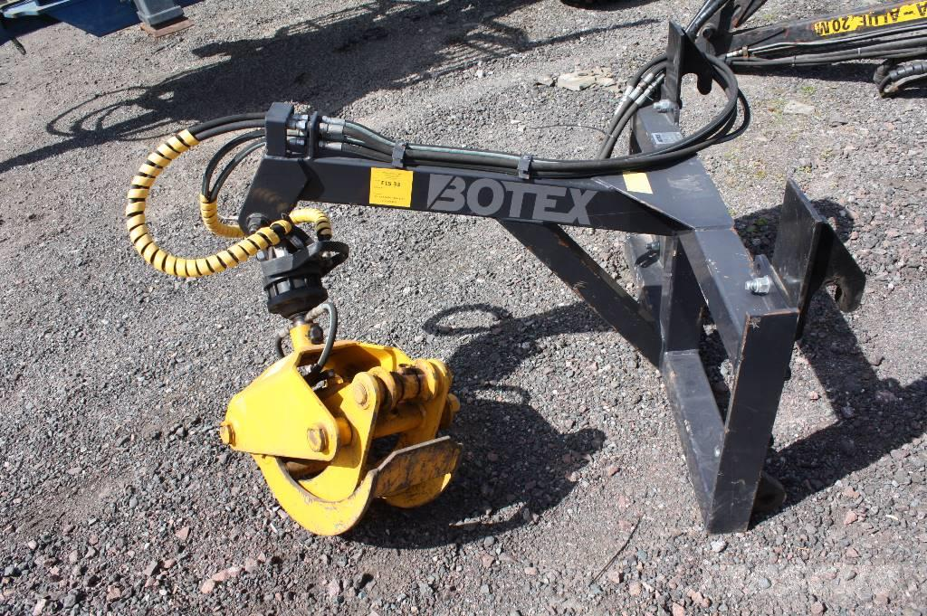 Botex Front telehandler grab attachment