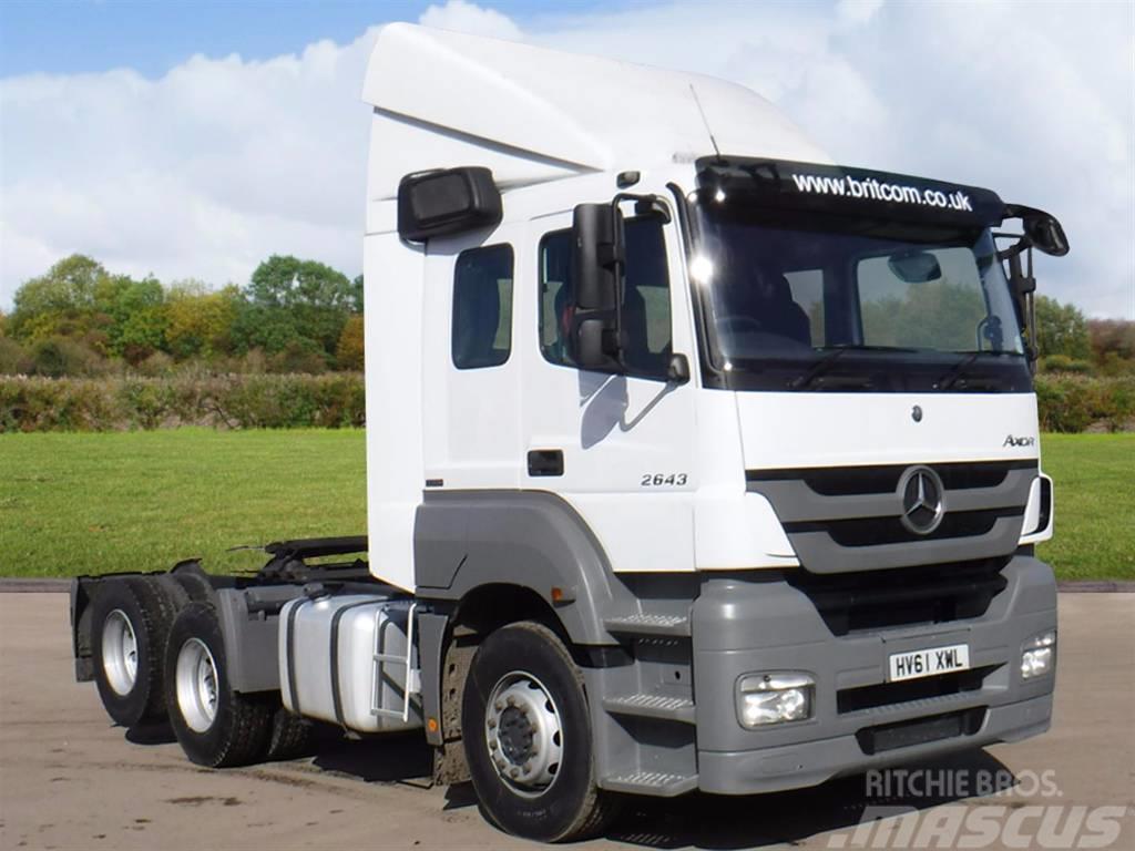 Mercedes-Benz 2643 6x2 Rear Lift Tractor Unit