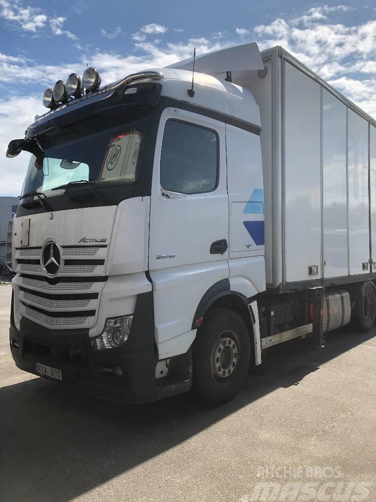 Mercedes-Benz Actros 2551L