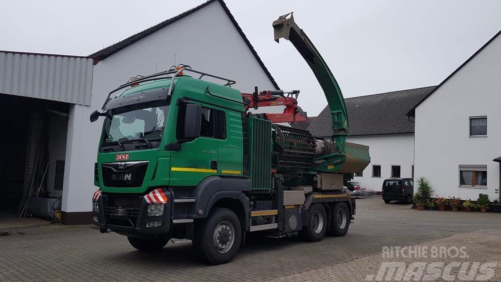 Jenz HEM 593R - ChipperTruck - TOP!