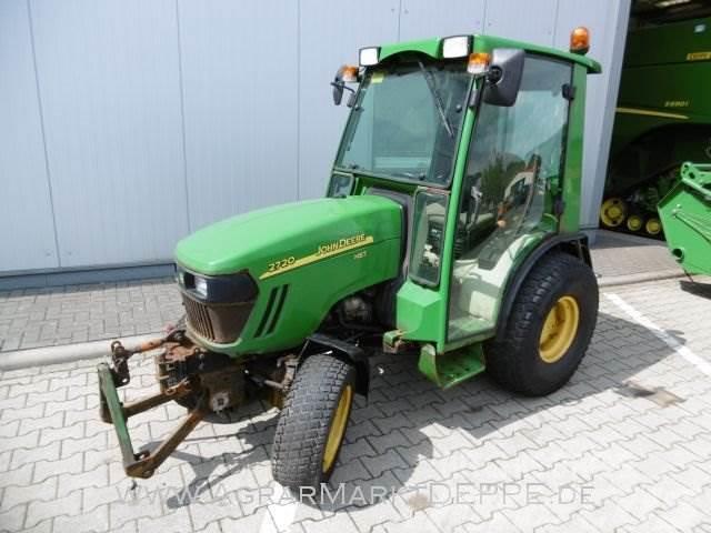 John Deere 2720 Kompakttraktor