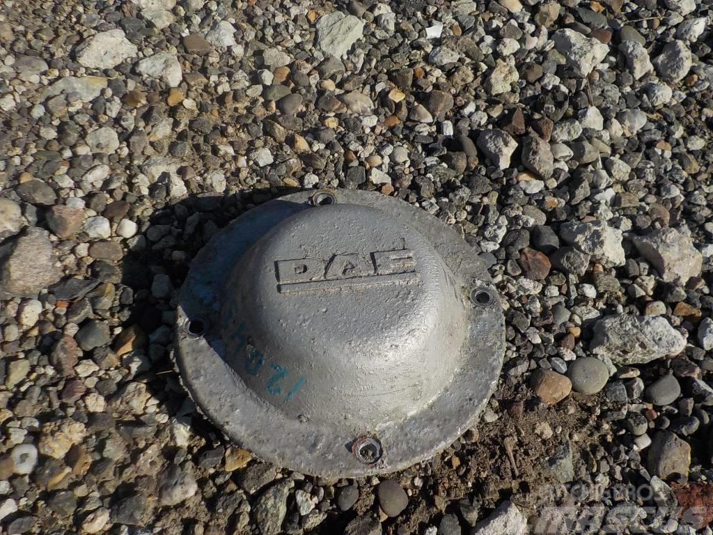 DAF XF 95 Wheel hub cap 1339107
