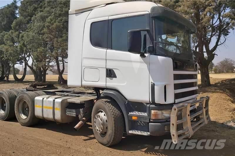Scania R580 Truck Tractor 6x4