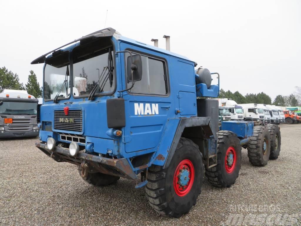 MAN M1014 V10 8x8