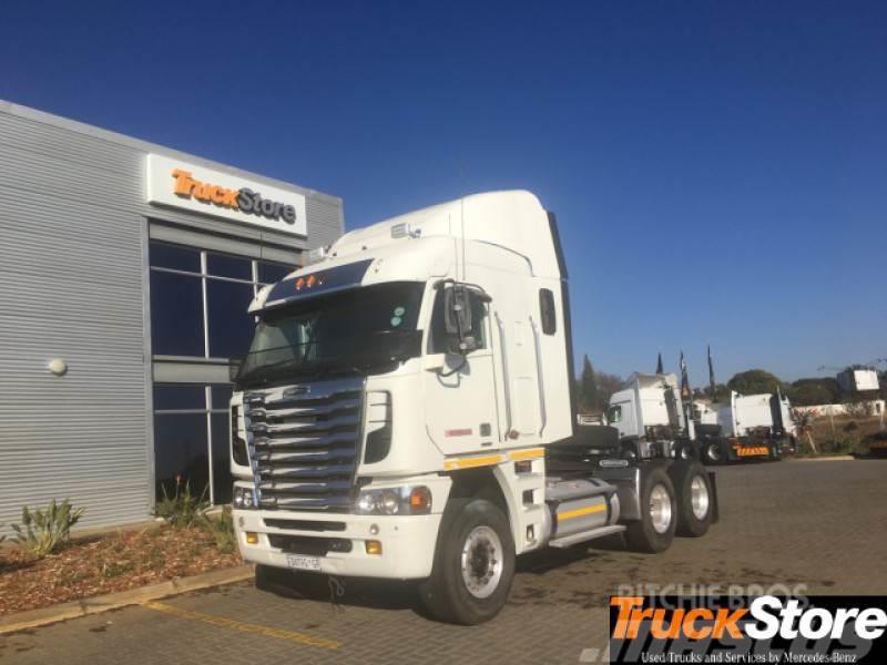 Freightliner CUM 530 NG
