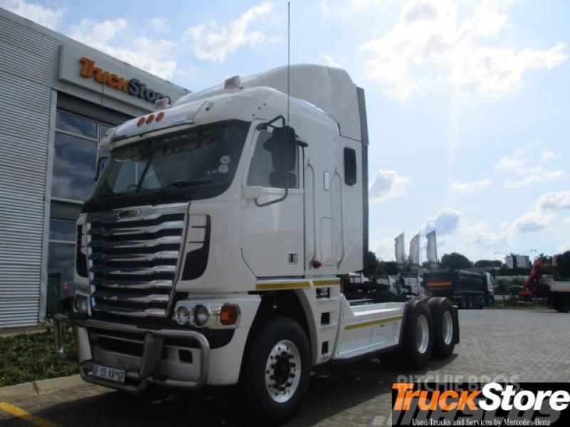 Freightliner CUM 620 NG