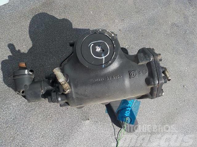 Renault Premium II Steering box 5010600208
