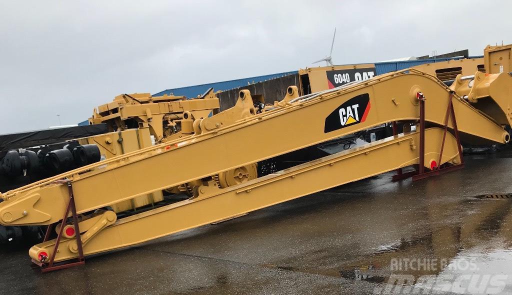 Caterpillar Cat 349 long reach equipment
