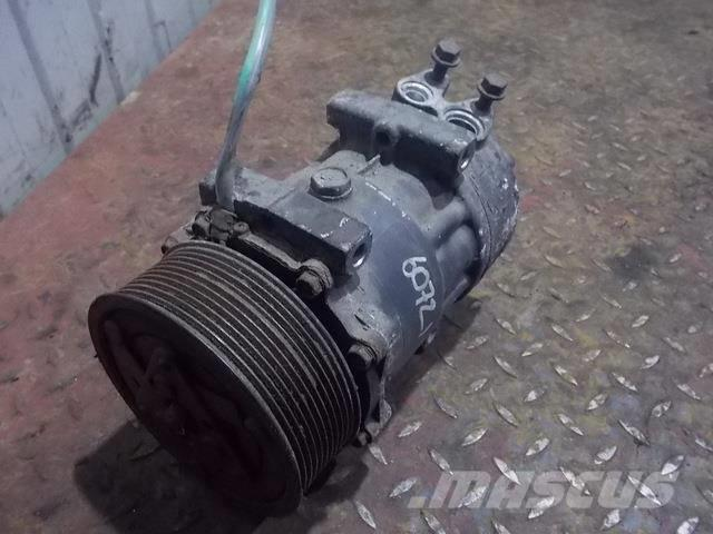 Scania P,G,R series Air conditioning compressor 1888032 2