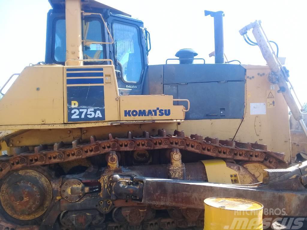 Komatsu D275A-5D