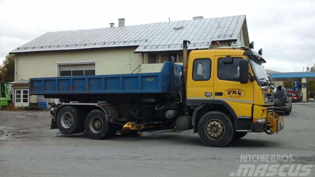 Volvo Fm12 tienhoitoauto