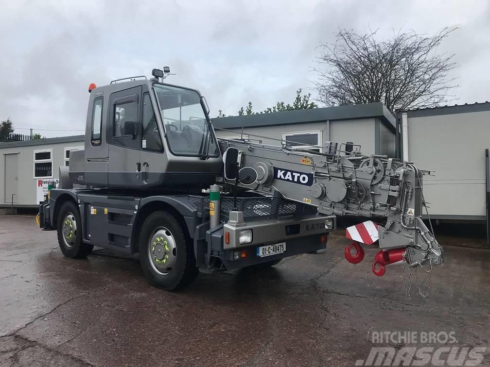Kato 10 Ton City Crane – In Super Condition