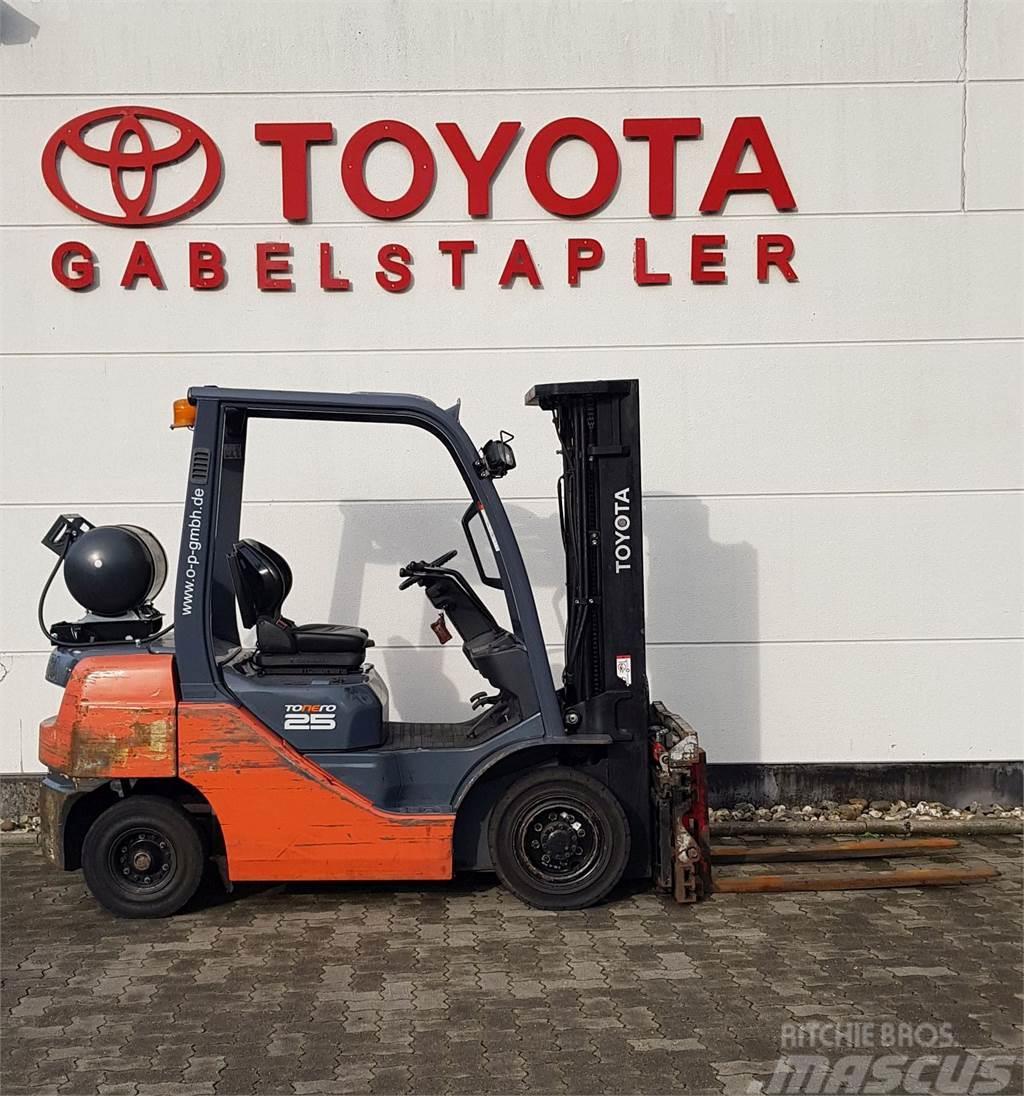 Toyota 02-8FGF25