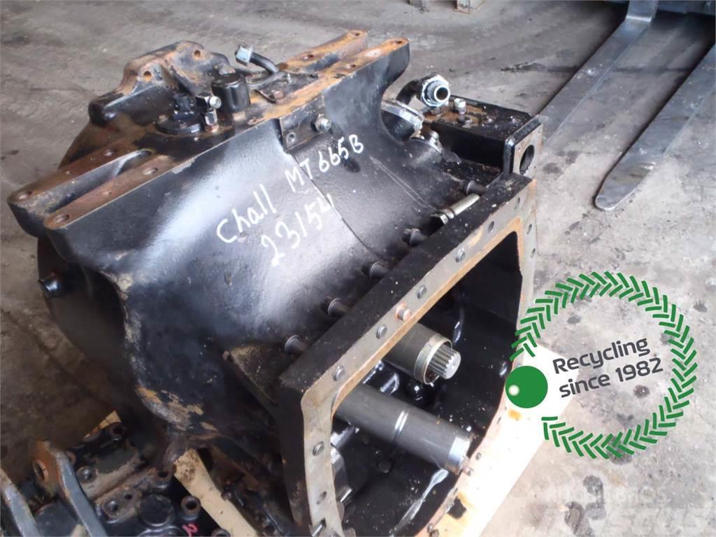 Challenger MT665B Transmission