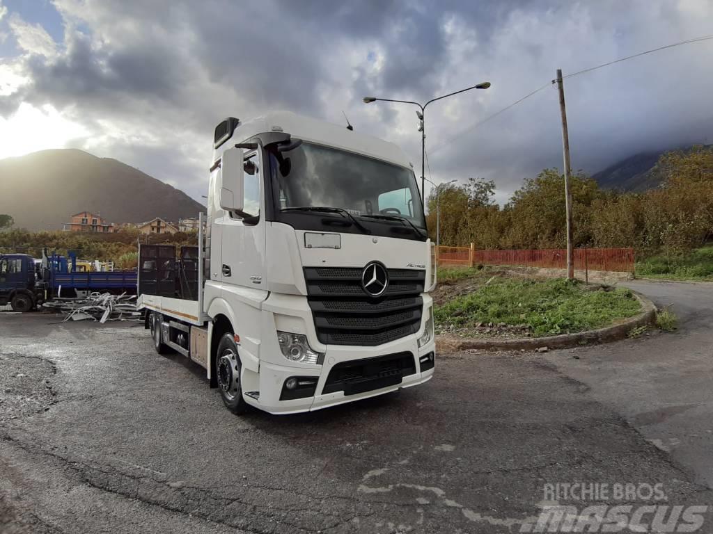 Mercedes-Benz Actros 2542 L (PM831)