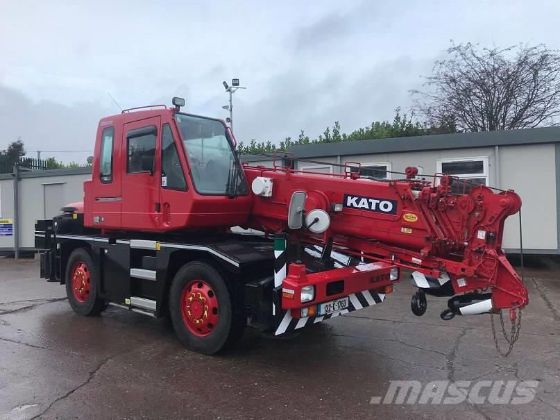 Kato 13 Ton City Crane