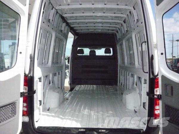 Mercedes benz sprinter 315 cdi lwb high roof panel vans for Barrier mercedes benz