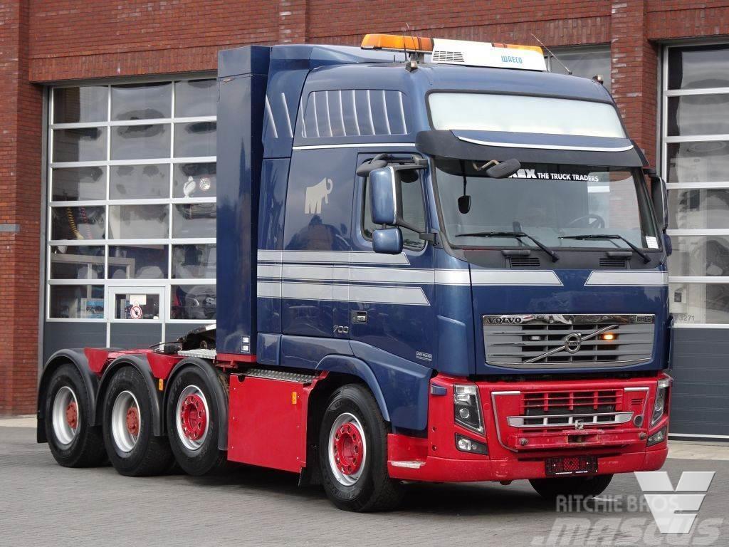 Volvo FH 16.700 Globetrotter XXL - 8x4*4 - Full air - I