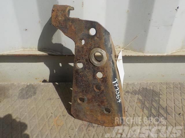 Scania 4 series Air reciever bracket 1496814