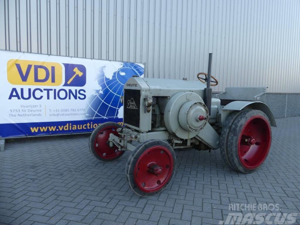 Deutz MTZ 220 Traffic (road ) tractor