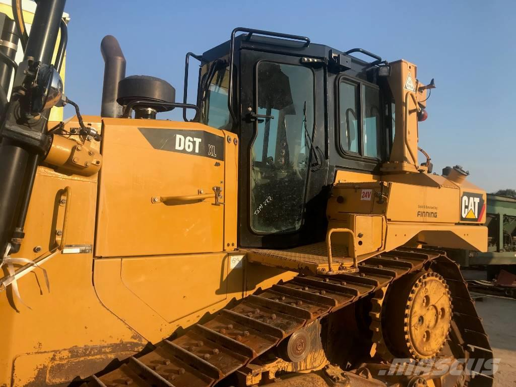 Caterpillar D 6 T XL II