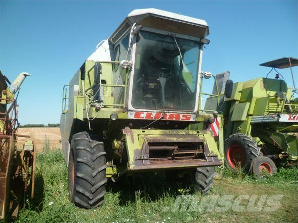 used claas moissonneuse batteuse dominator 96 combine harvesters year 1980 price 8 848 for. Black Bedroom Furniture Sets. Home Design Ideas