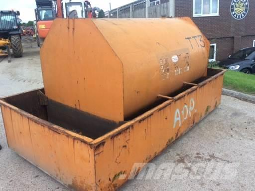 Construction Gas Tank : G fuel tank other year of manufacture mascus uk