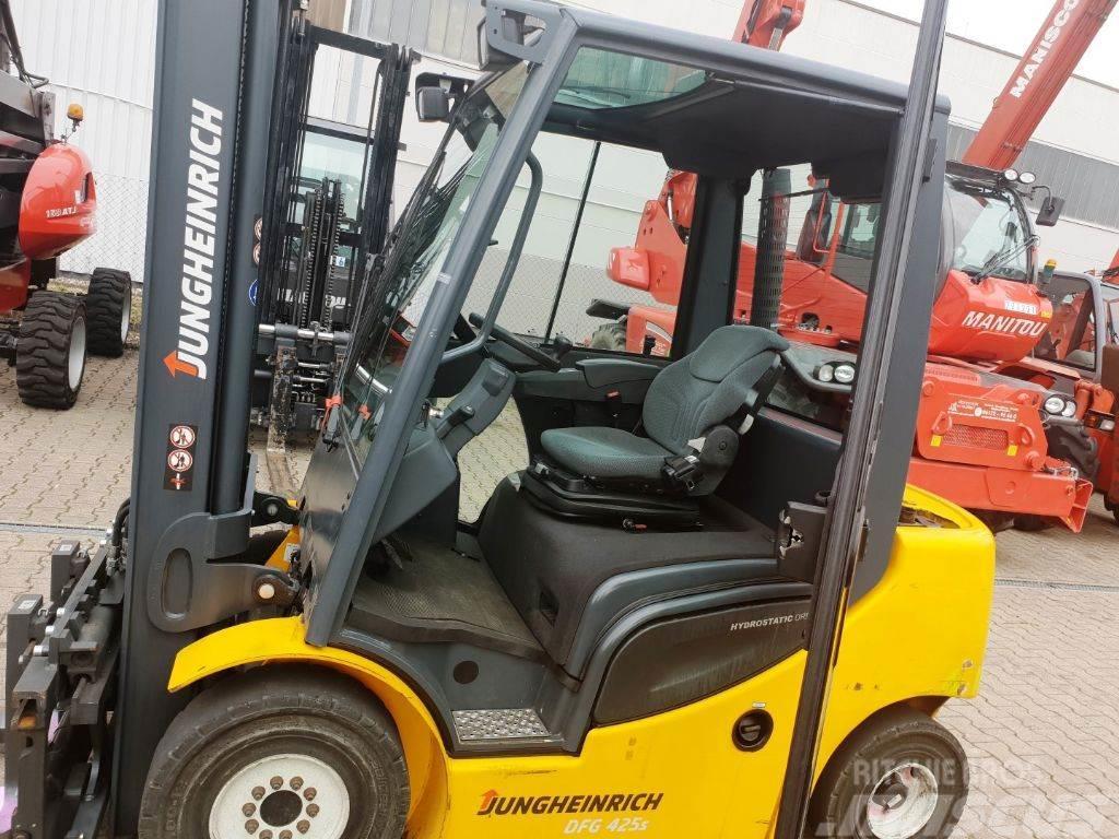 Jungheinrich DFG 425 Hub 4000