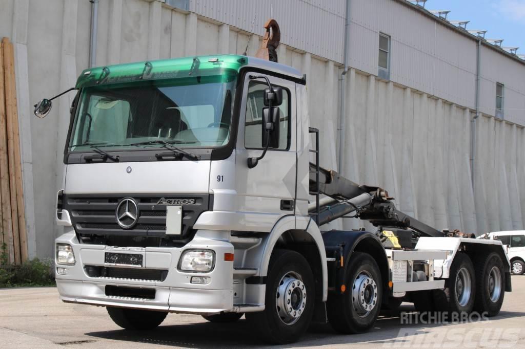 Mercedes-Benz Actros 3244 8x4 8x4 AHK Multilift ANALOG TACHO