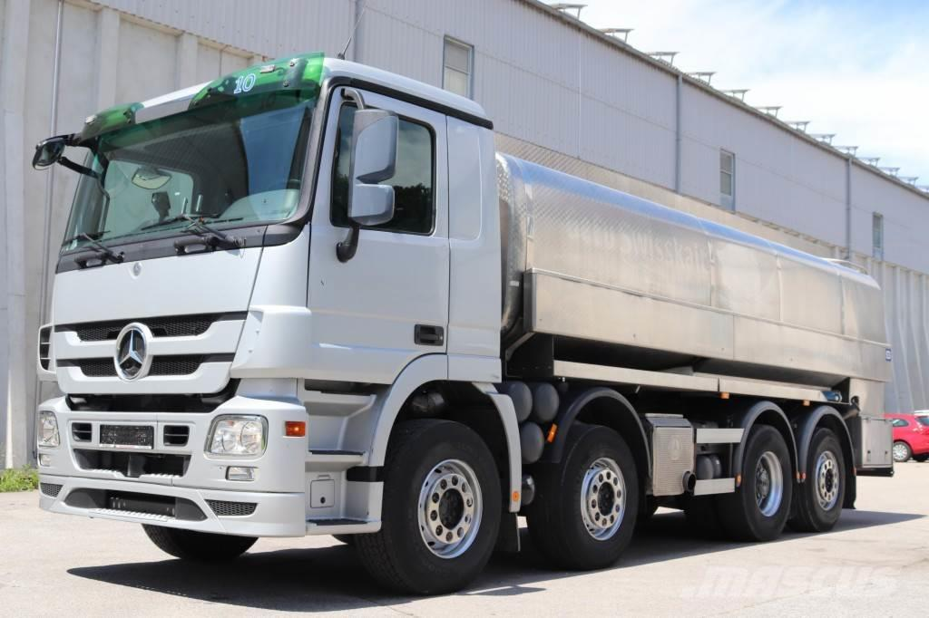 Mercedes-Benz Actros 3246 Milch isoliert E5 8x2 MP3 Leasing