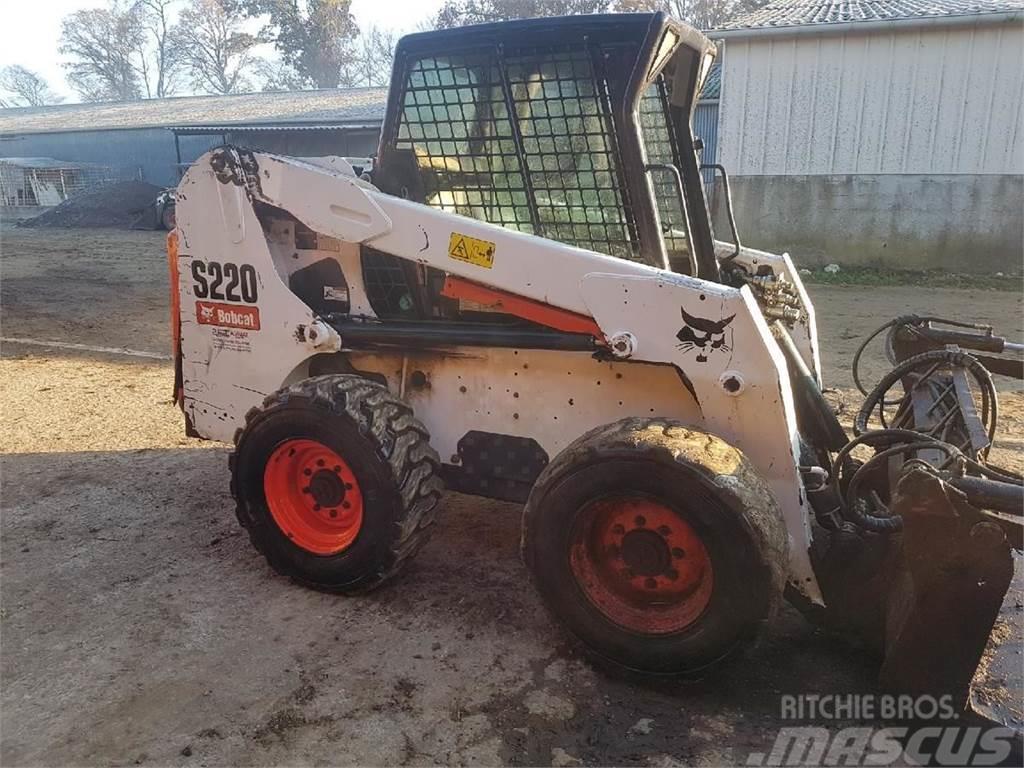 Bobcat S220